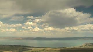 Wide Timelapse Shot Of Bear Lake Utah