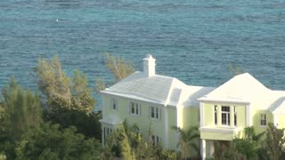 Yellow Waterfront House in Bermuda