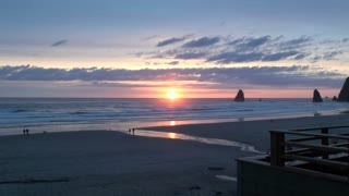 Zoom In on Cannon Beach Sunset