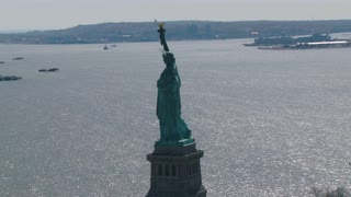 Zoom In Statue of Liberty