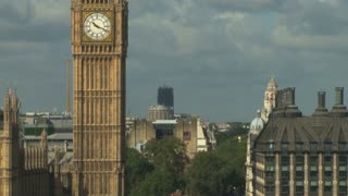 Zoom Out Big Ben To Street View