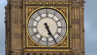 Zoom Out Cloudy Sky Over Big Ben Clock Tower