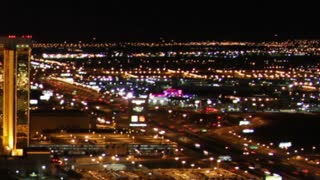 Zoom Out Vegas Street Timelapse