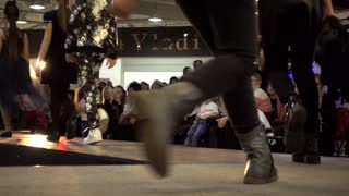 Fashion Bright Show Young Models Legs Walking On A Catwalk