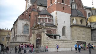 Gothic Wawel Royal Castle, Wawel Cathedral, Wawel Hill In Krakow, Poland