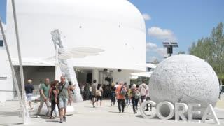 Milano Expo 2015 Pavilion of Corea Installation. Visitor walk along the campus
