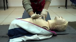 Rates of first aid from the Red Cross - chest compressions On A Mannequin