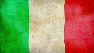 Italian waving flag, grunge