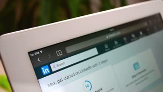 LinkedIn search jobs