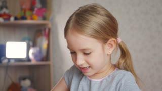 Portrait cute smiling little girl
