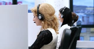 Call Center Operator in modern call center