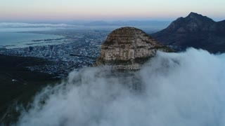 Timelapse Clouds Engulfing Lion's Head Mountain Cape Town