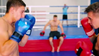 Boxers fulfill a series of blows