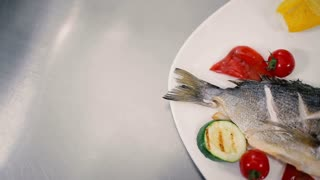 Fish with vegetables grilled