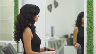 Beautiful girl in a beauty salon
