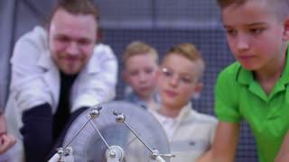 Boys explore wimshurst machine
