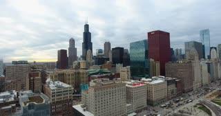 4K Aerial Chicago Skyline Buildings City Urban Establishing Shot Flying Cna Building