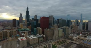 4K Aerial Chicago Skyline Buildings City Urban Establishing Shot Flying Cna Building Willis Tower Helicopter Orbit Right