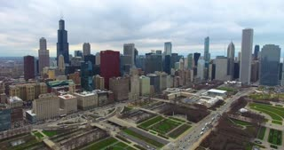 4K Aerial Chicago Skyline Buildings City Urban Lake Michigan Water Flying Willis Tower