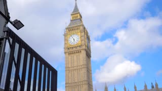 4K Terrorism Police Pan Down Slow Mo London Paralament Big Ben Officers Guards Gun Rifle Gimbal Shot Pan Down