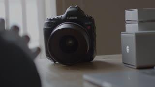 8K Film Maker Technology Focus Pull Handheld Shot On Red 4K