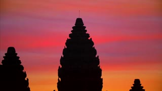 Gorgeous Sunrise Angkor Wat Tight Shot Temple Siem Reap Cambodia Birds 4K