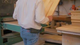 Maple Pannels Wood Changing Widebelt Sander Belt Sandpaper Belt Safety Equipment Cabinetry Cabinet Industry Minimum Wage Tree Trees Conservation Sawdust Shop Dangerous Woodworker Business Machinery Machine 4 K 60 Fps