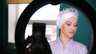 Attractive brunette model with wedding turban - photosession