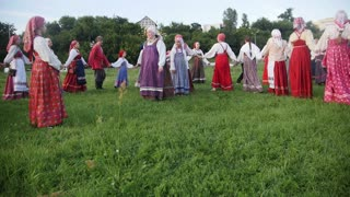Kazan, Russia, 19 july 2017, Folklore ensemble performs a round dance with a song