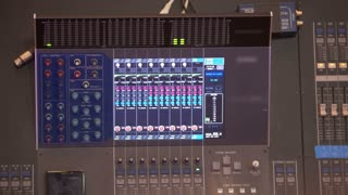 Switched professional sound console for sound control in work