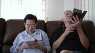 Senior Couple Angry Use Smart Phone Separately relationship problem 4K