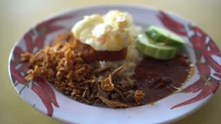 Turn around nasi lemak, Singapore Malaysian famous food