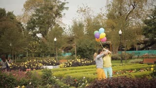 selfie make love in the park with balloons