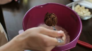cooking cupcake with chocolate