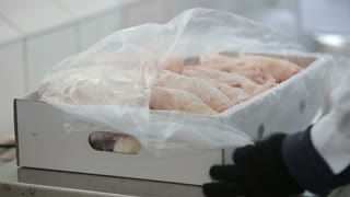 Packaging of pettitoes. Meat Factory