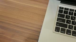 Plug / unplug USB cable to laptop. USB connection, socket closeup