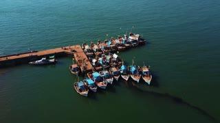 Indian fishing port, fishermen catching fish