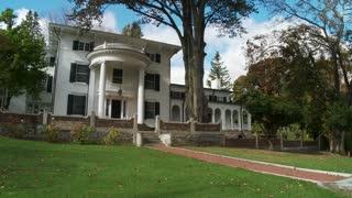 Whitehouse mansion (2 of 2)