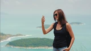 woman traveler uses video call