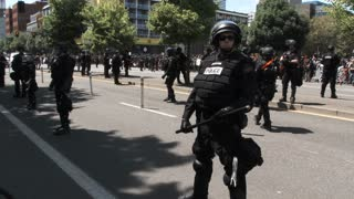Law Enforcement Separate Antifa And Proud Boys