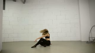 Asian woman dancing in the studio modern and variety choreography Jazz-funk