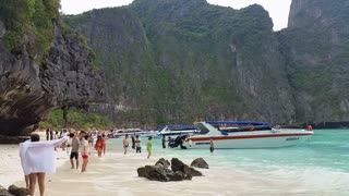Maya Bay Koh Phi Phi tropical island - Thailand Tourism