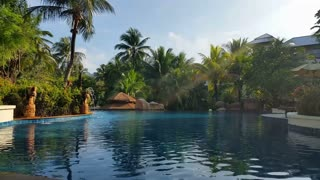 Tropical Hotel Resort Pool - Luxury Holiday
