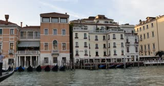 Venice Italy - Cinematic boat ride down the Grand Canal