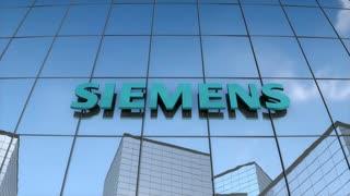 Editorial SIEMENS logo on glass building.
