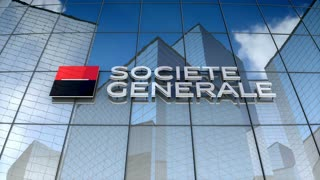 Editorial, Soci�t� G�n�rale S.A. logo on glass building.