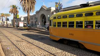 San Francisco trolley rides through the city 9