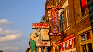 Downtown Nashville Tracking Shot