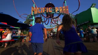 Kids at Santa Monica Pier's Pacific Park