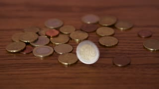 A turning euro coin 100fps
